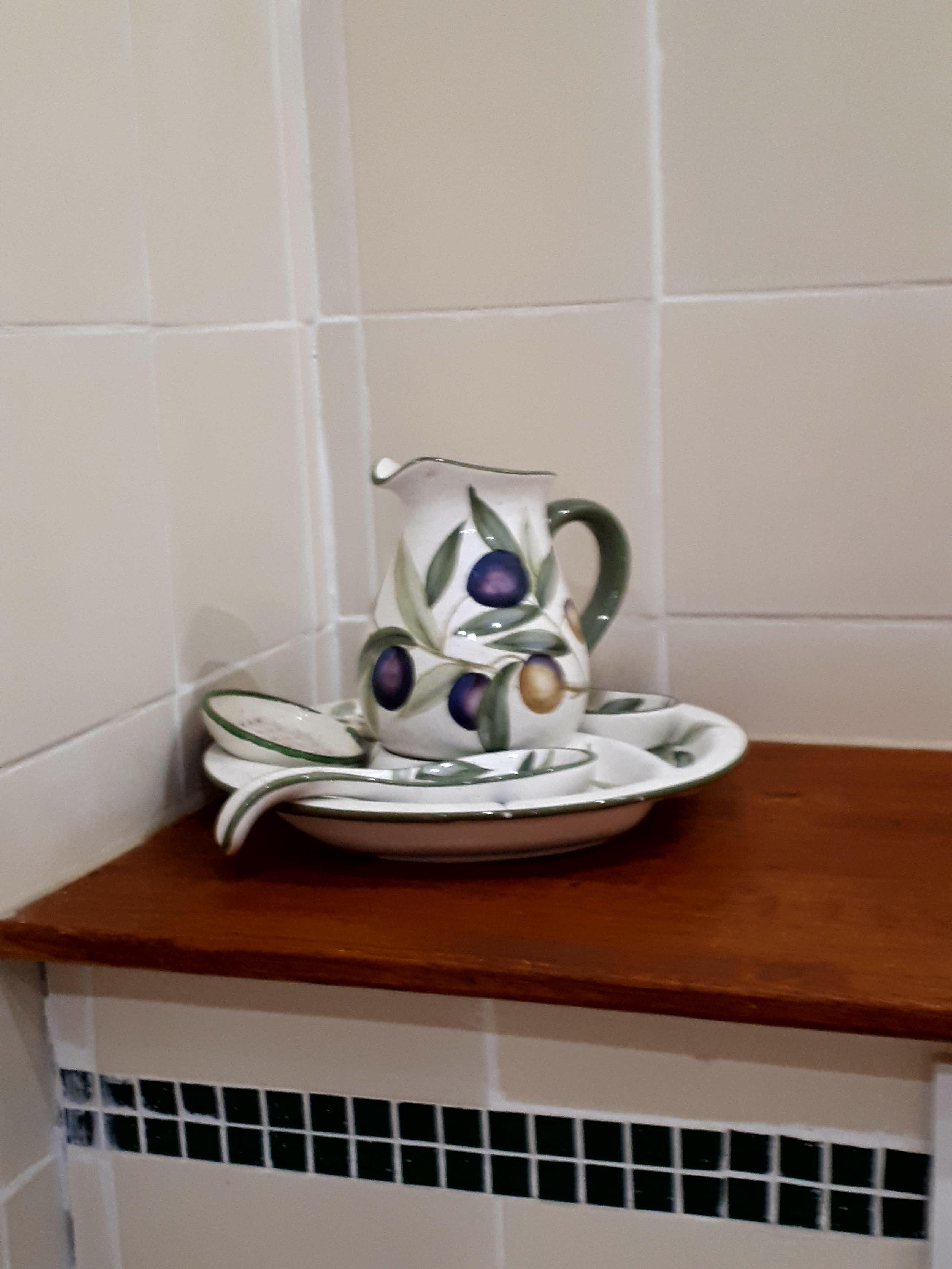Gîte Le Tineiral à Néffiès Les Lavandes salle de bains douche